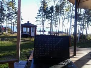 Mon lieu de travail ce matin au bord de l'eau